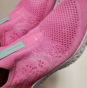 Nike Shoes - Nike Womens Epic Phantom React Flyknit Pink Shoes